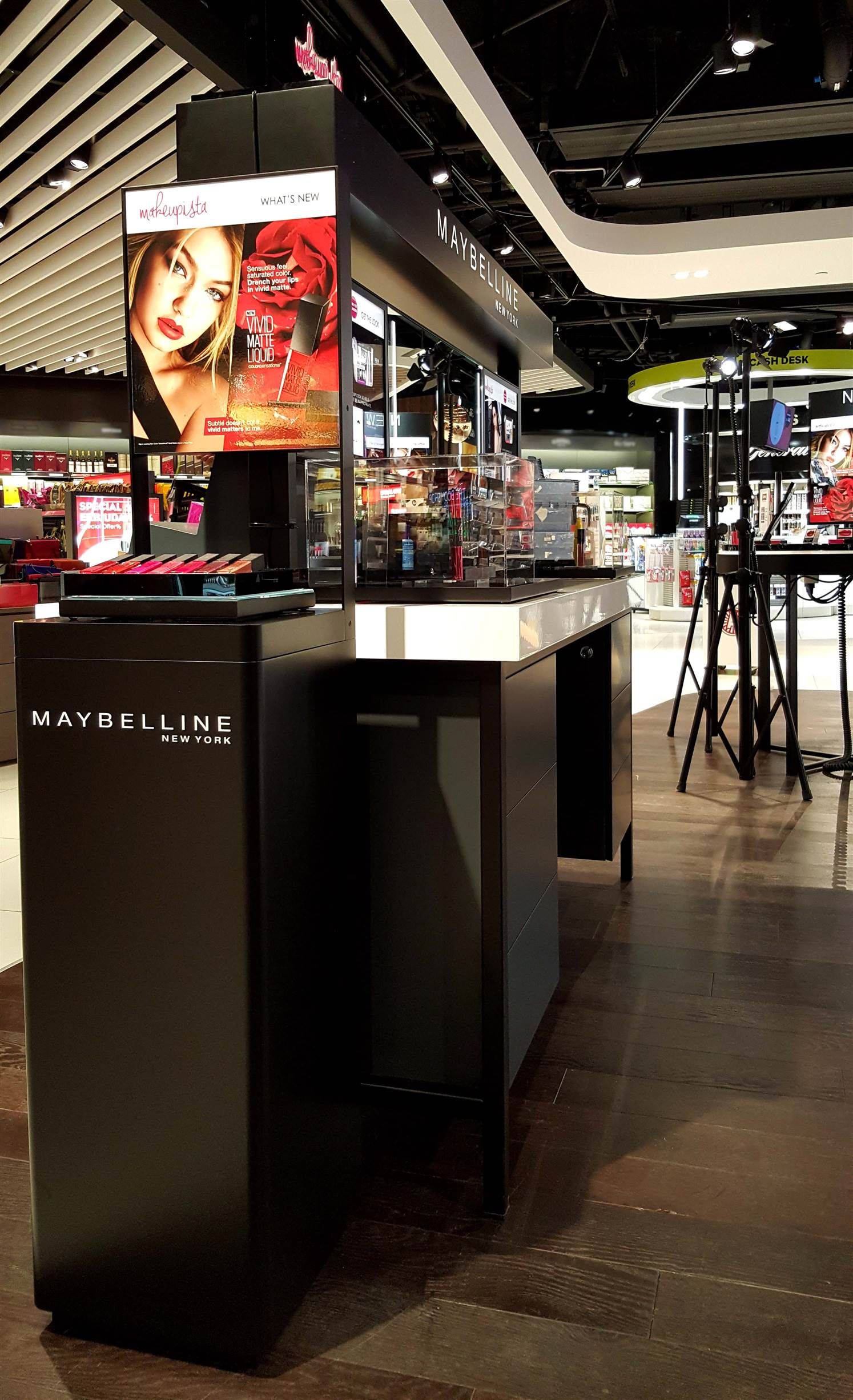 project for loreal Home l'oréal – make up/ cosmetics – product evaluation strategy – (project performance manager) l'oréal – make up/ cosmetics – product evaluation strategy – (project performance manager.